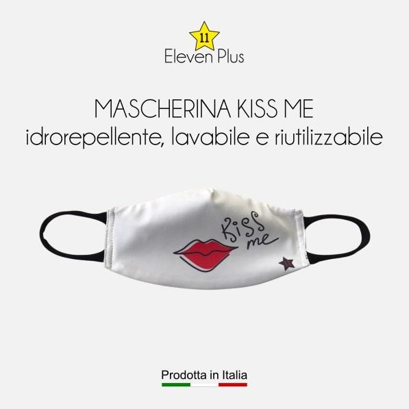 Mascherina idrorepellente, lavabile e riutilizzabile con scritta kiss me